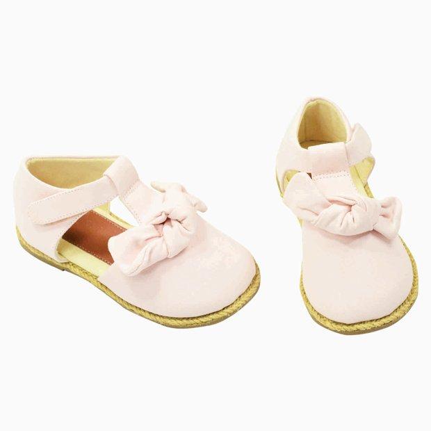 Sapato com tope